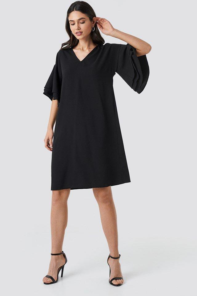 V-neck Layered Sleeve Dress Black Outfit