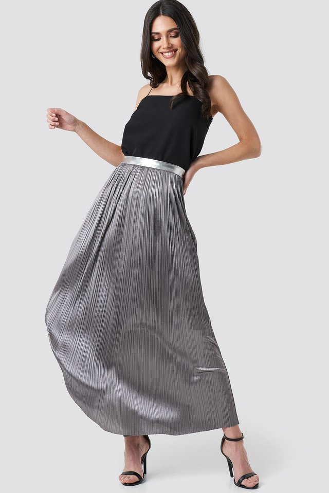 Silver Long Skirt Outfit