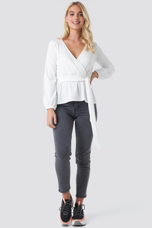 Cuda Blouse White Outfit