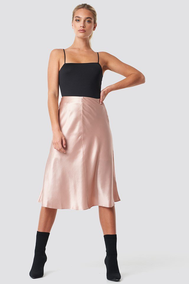 Silk Midi Skirt Outfit
