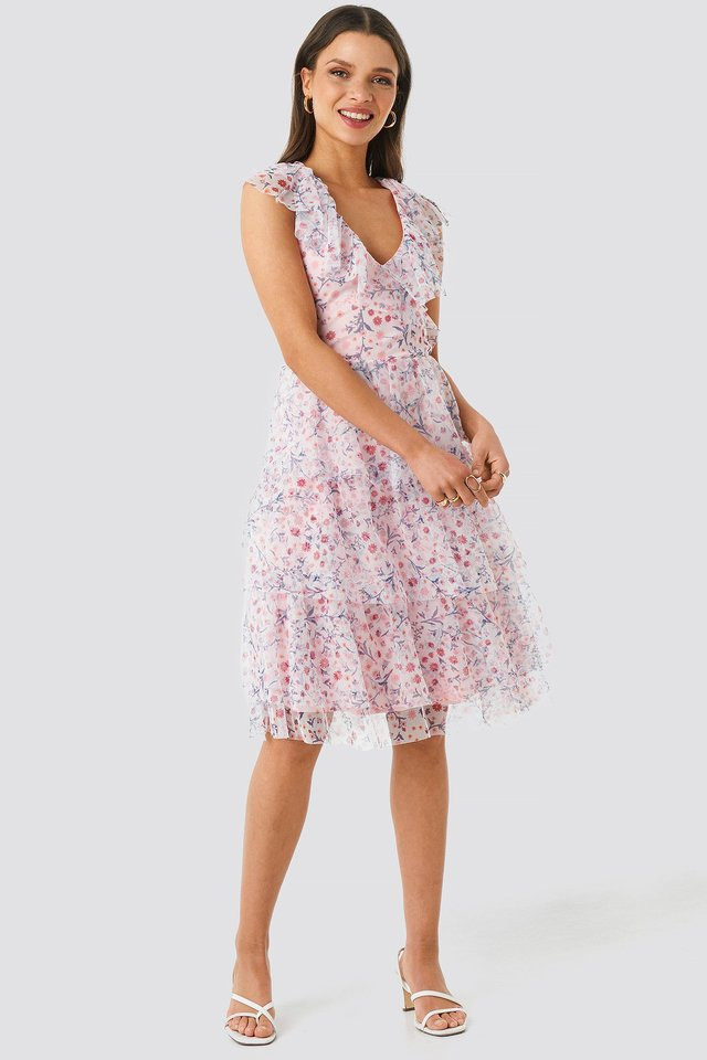 Ruffle Floral Midi Dress Outfit
