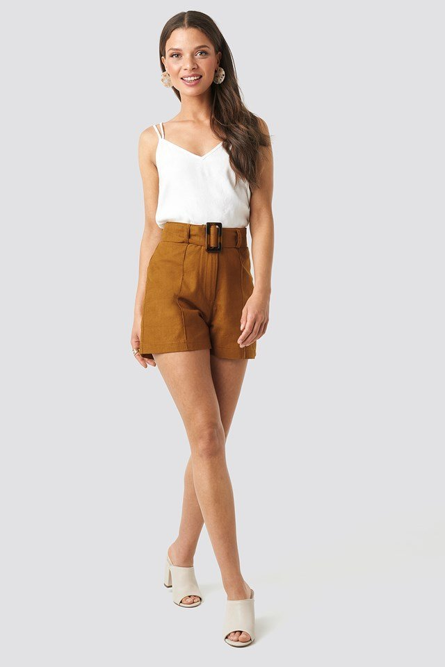 Milla Belt Shorts Outfit.