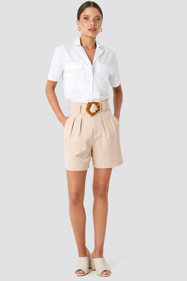 Asymmetric Buckle Belted Shorts Beige Outfit