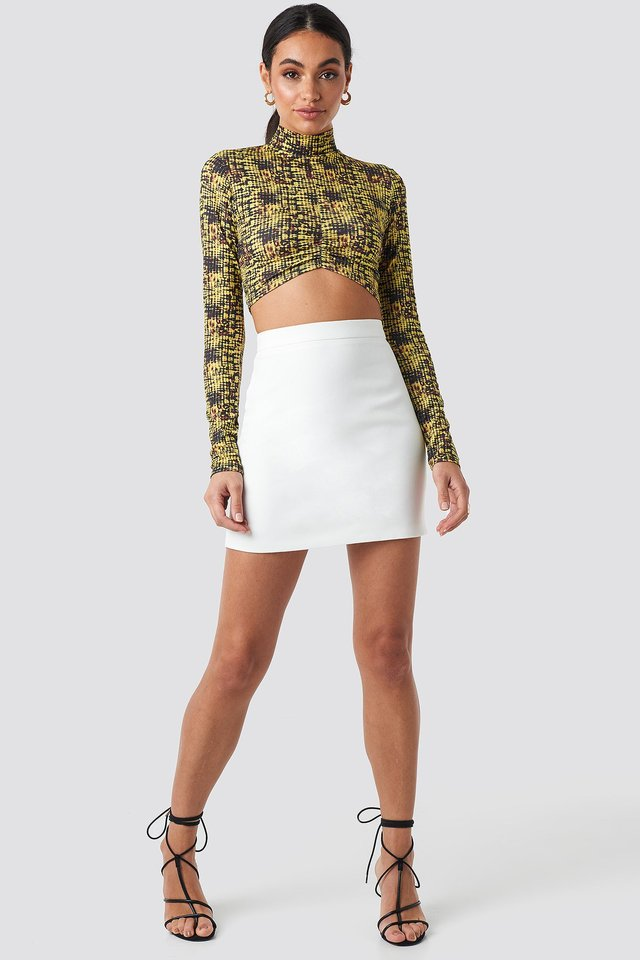 Gathered Front Crop Top Multicolor Outfit