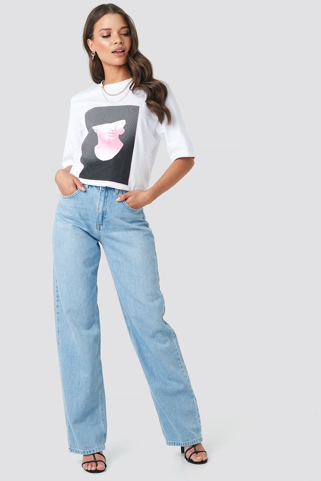 Front Print Tee White Outfit