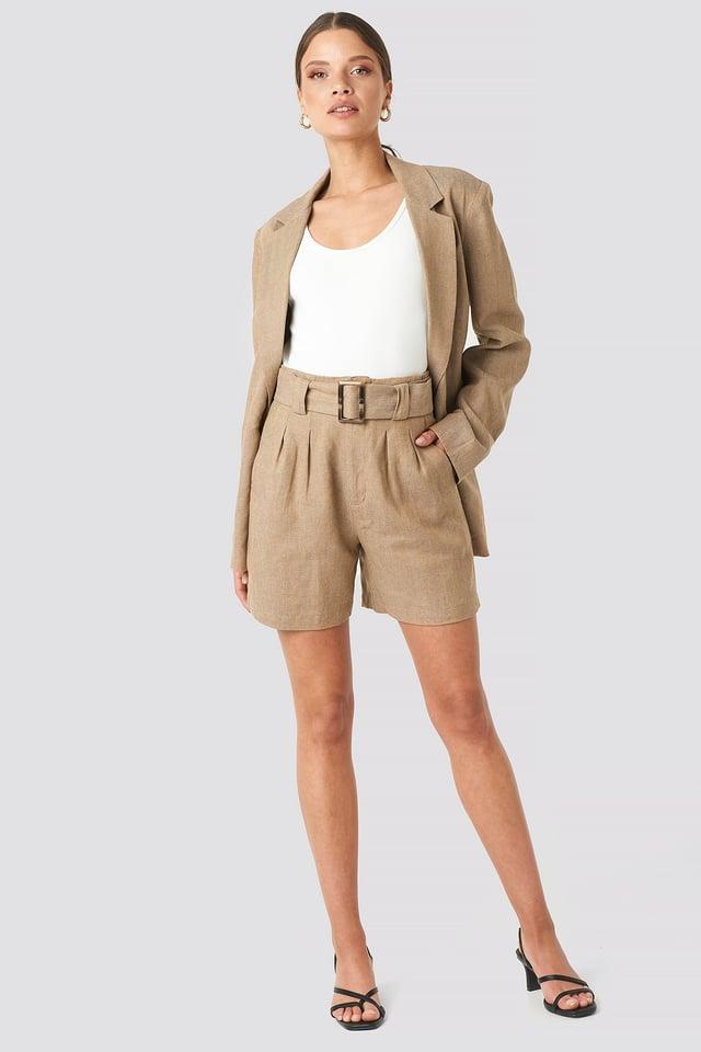 Linen Blend Belted Shorts Beige Outfit