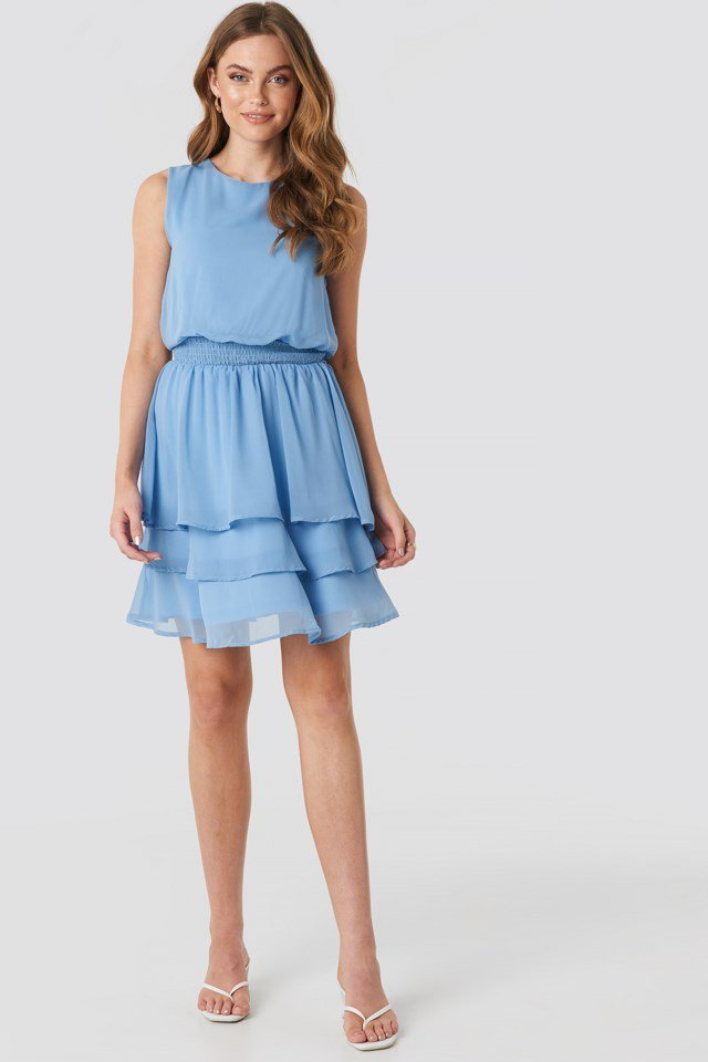 Nicoline Dress Blue Outfit