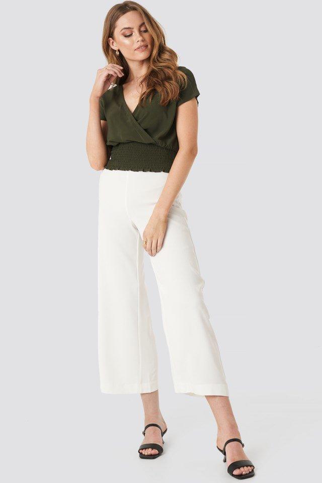 Githa Short Sleeve Blouse Green Outfit