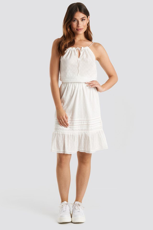 Ivy Skirt White Outfit