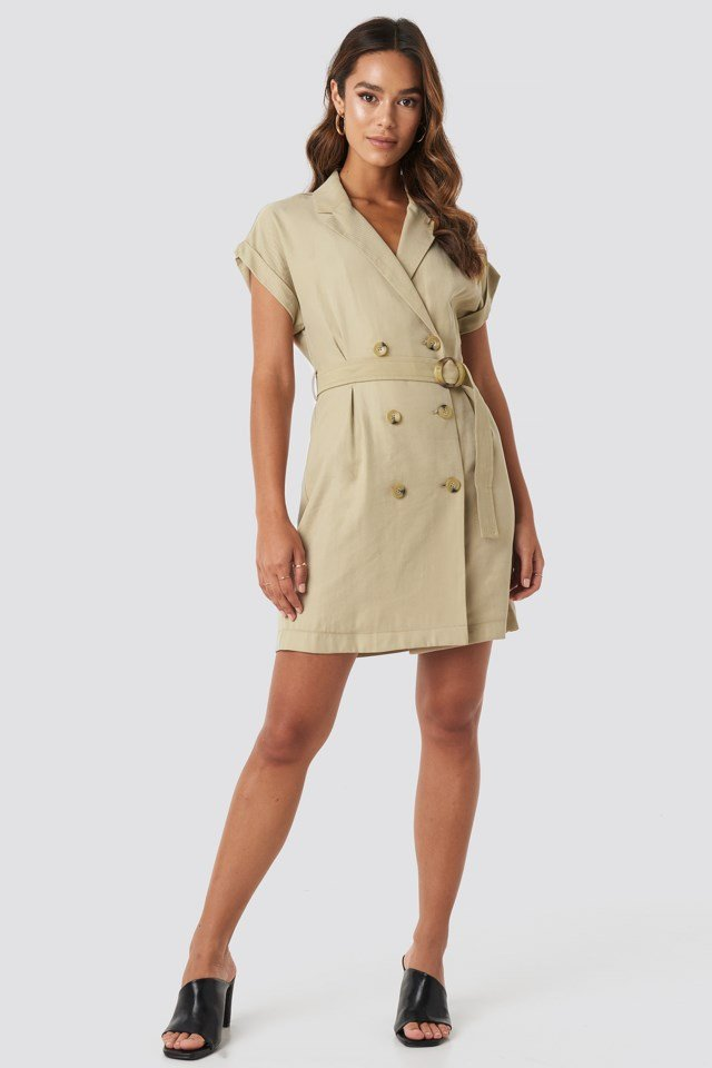 Basel Dress Beige Outfit