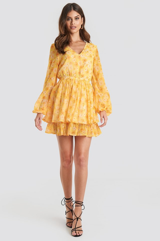 Open Back V-neck Dress Yellow Outfit