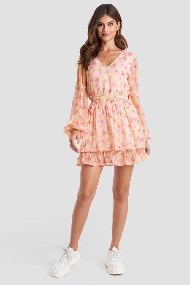 Open Back V-neck Dress Pink Outfit