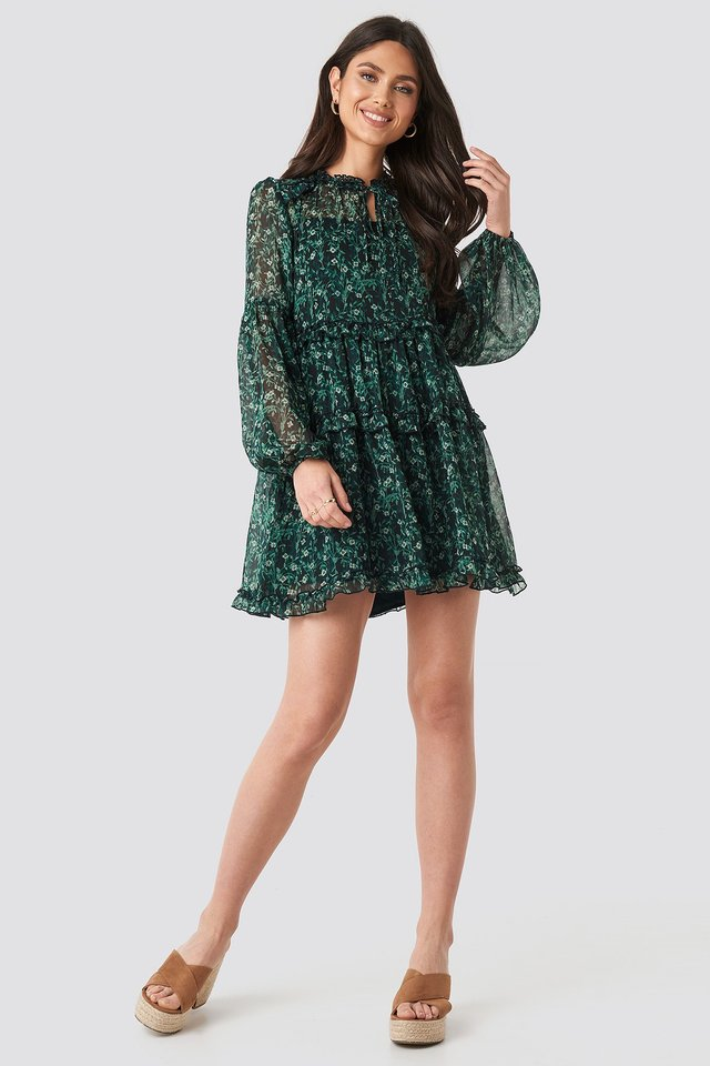 Multi-Frills LS Chiffon Dress Green Outfit.