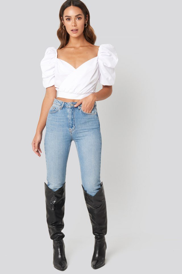 Puffy Shoulder Crop Blouse Outfit