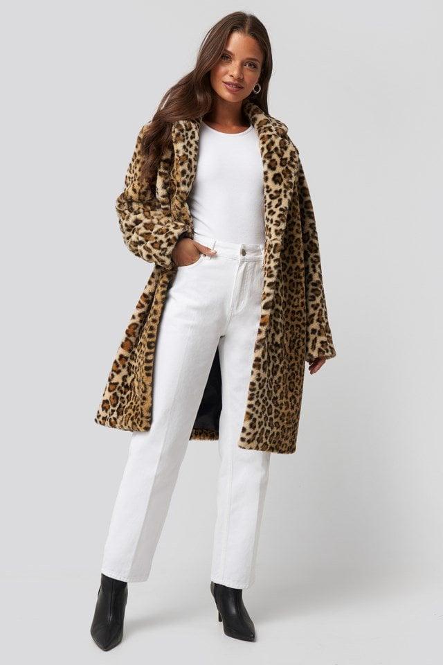 Rhonda Leo Coat Look
