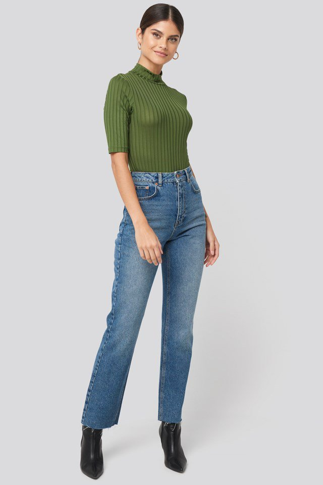 High Waist Raw Hem Straight Jeans Outfit