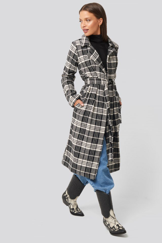 Black Check Coat Look
