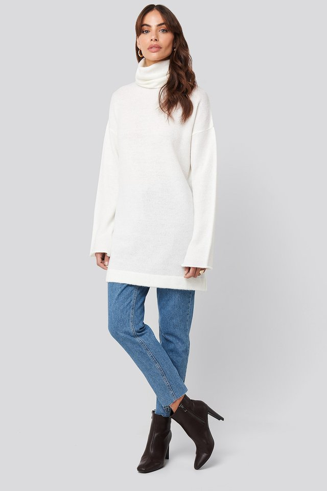 Oversized Polo Knitted Long Sweater White Outfit