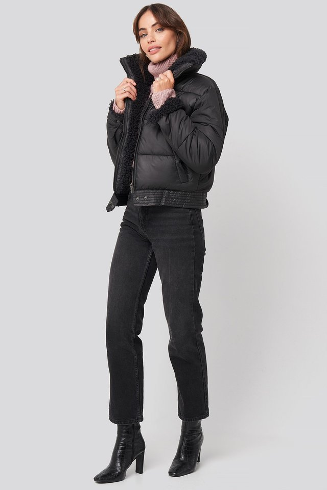 Faux Fur Detailed Puffer Jacket Black Outfit