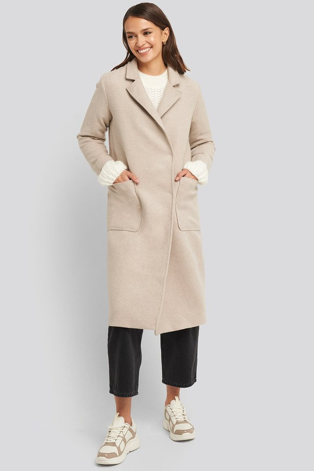 Yol Front Coat Beige Outfit.