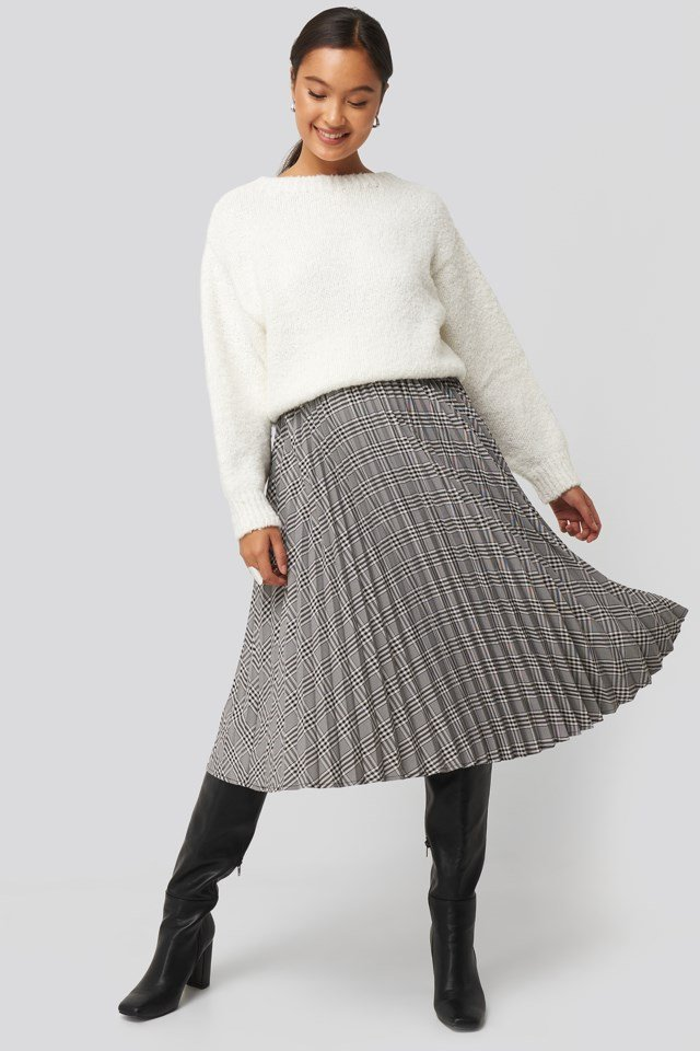 Dolly Sweater Outfit