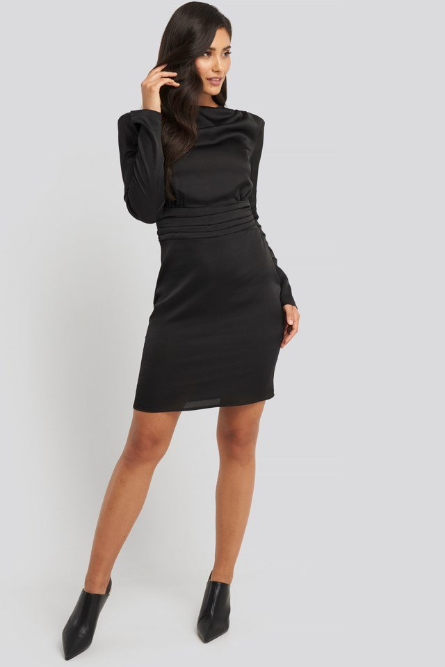 Padded Shoulder Overlap Mini Dress Outfit