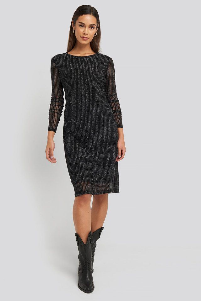 Deep Back Straight Dress Black Outfit