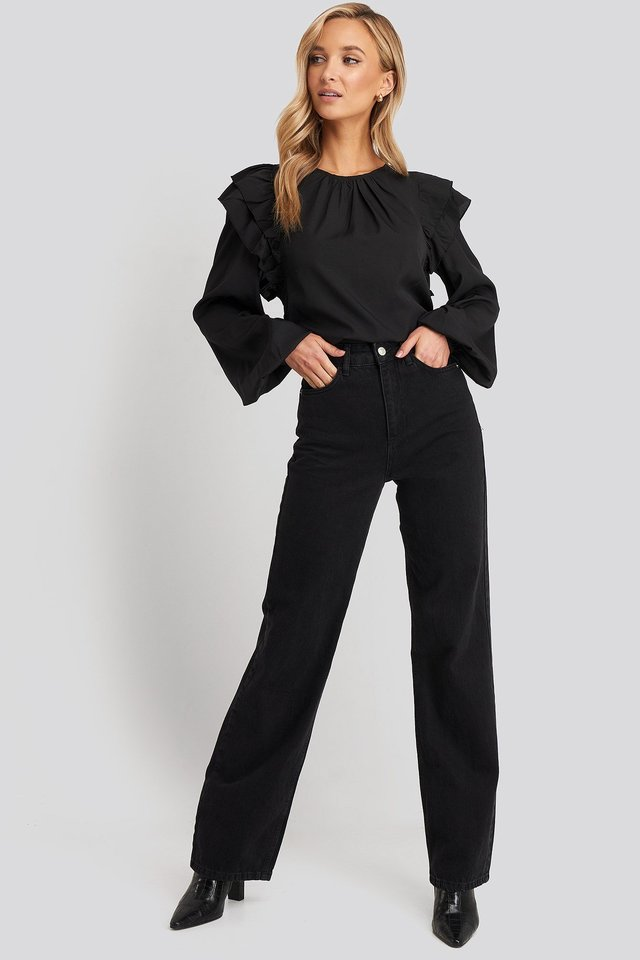 Frill Blouse Black Outfit