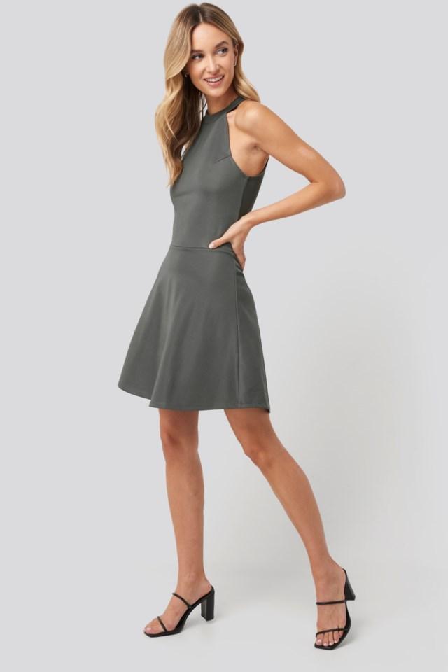 Halter Neck Skater Dress Outfit