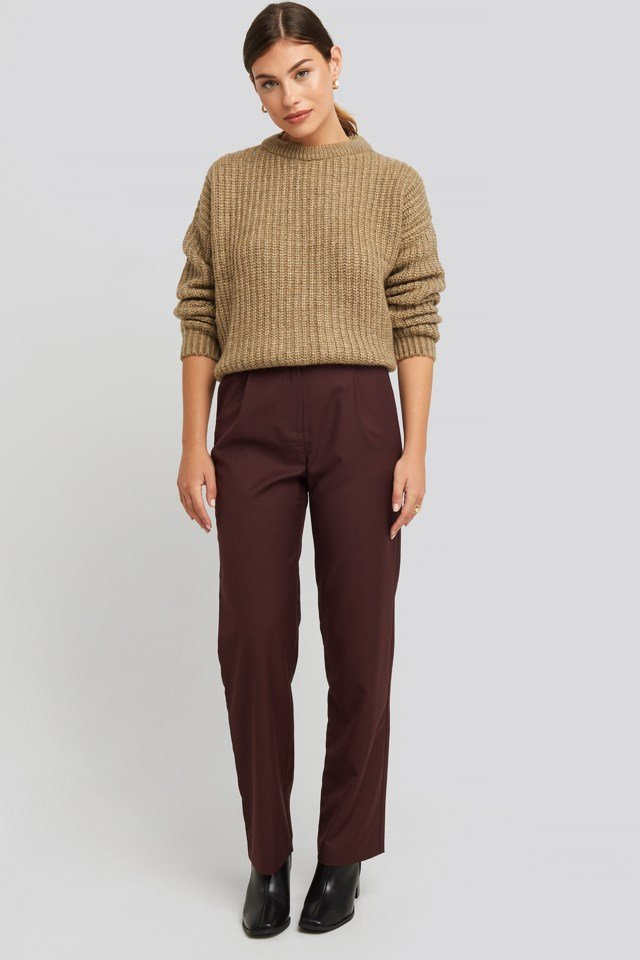 Heavy Knit Round Neck Sweater Outfit.