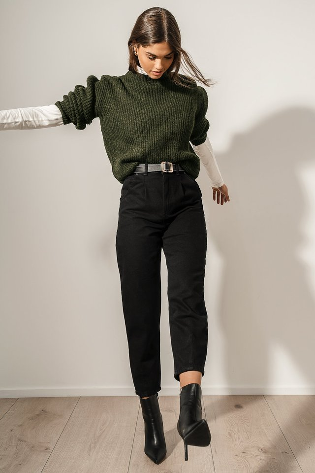 Cropped Balloon Leg Jeans Outfit