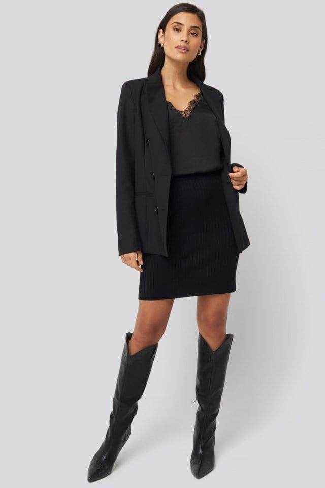 Mykonos Singlet Black Outfit