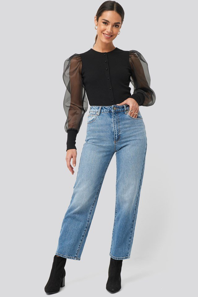 A Venice Straight Jeans Outfit.