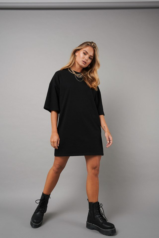 Oversized T-shirt Dress Outfit