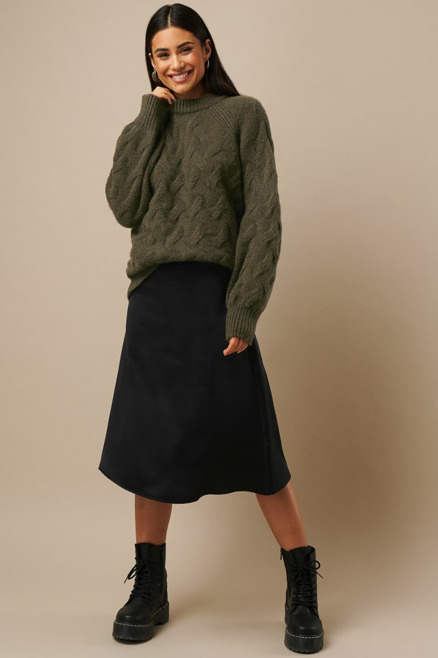 Chunky Cable Knitted Sweater Green Outfit
