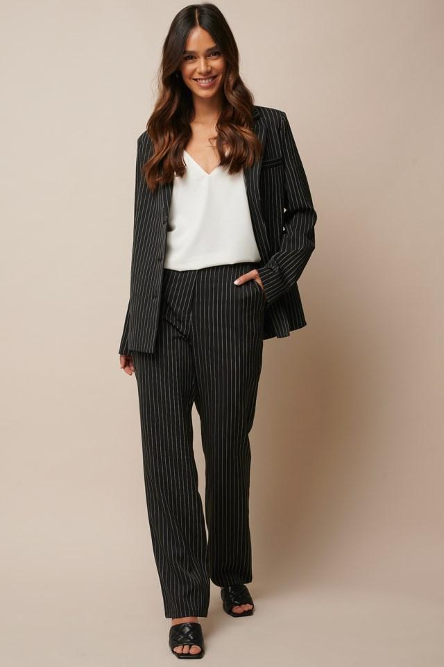 V-neck Singlet Outfit