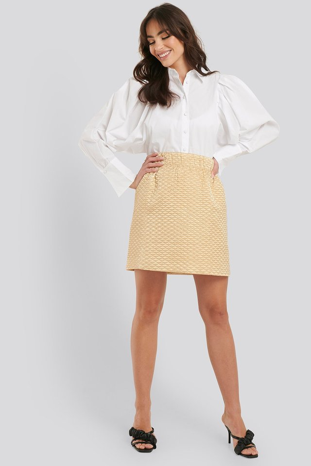 Quilted Mini Satin Skirt Outfit