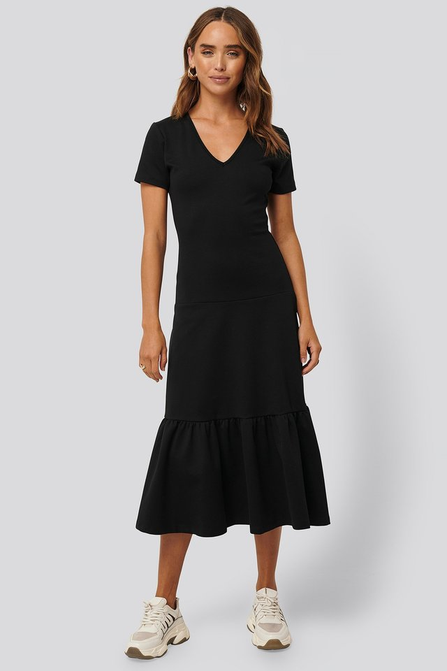 Short-Sleeve Flywheel Midi Dress