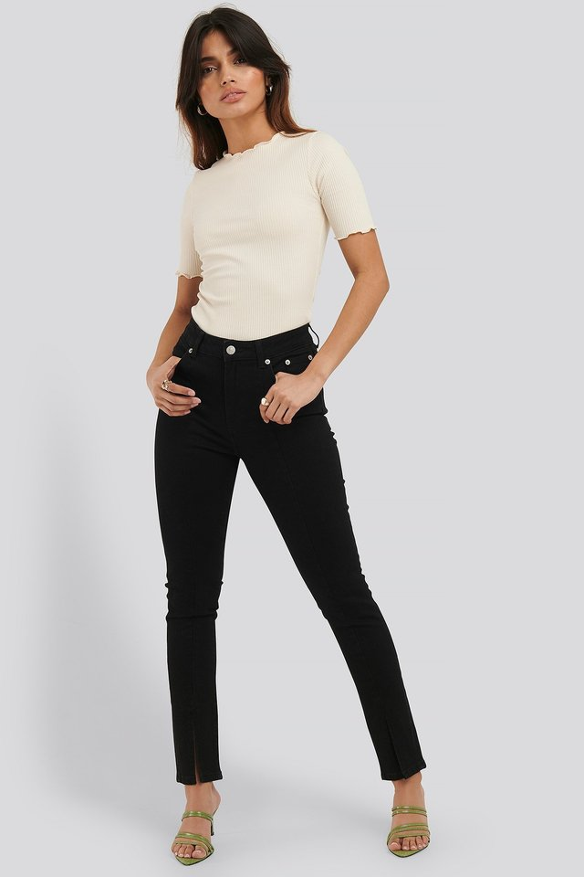 Front Slit Detail Skinny Jeans Outfit