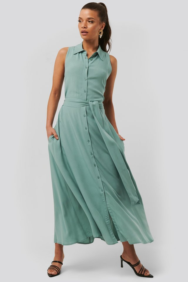 Belted Sleeveless Midi Dress Outfit