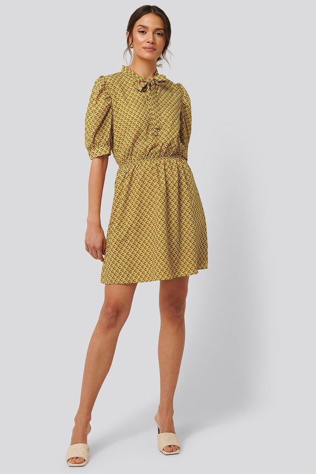 Puff Sleeve Neck Detail Dress Outfit