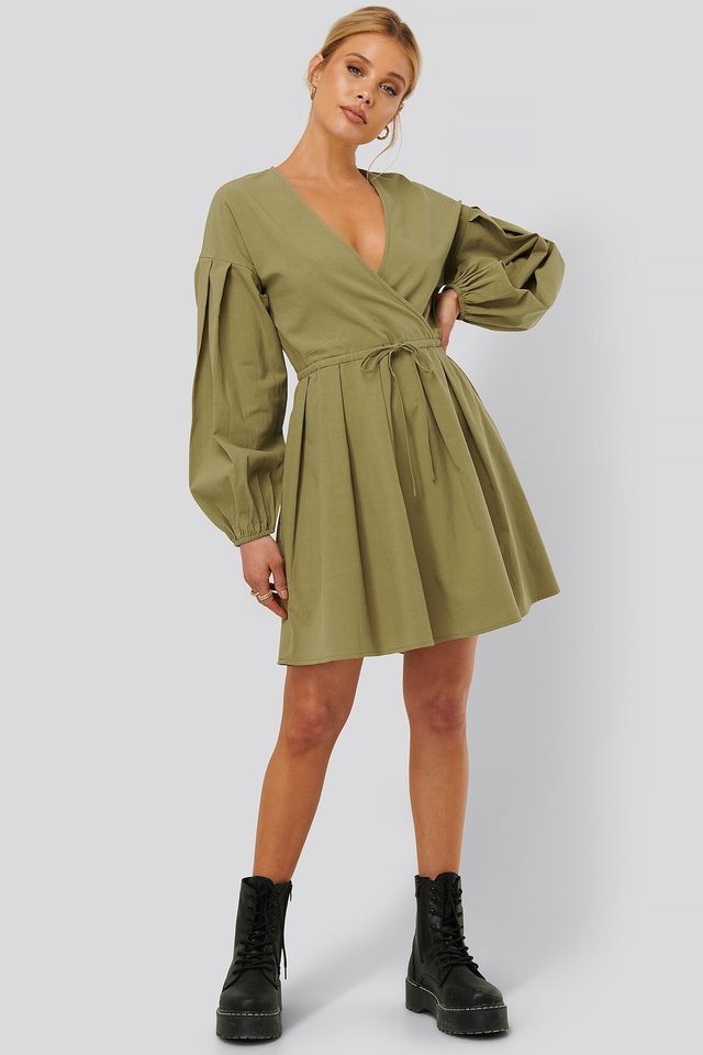 Balloon Sleeve Drawstring Mini Dress Outfit
