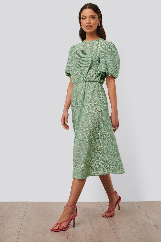 Short Puff Sleeve Midi Dress