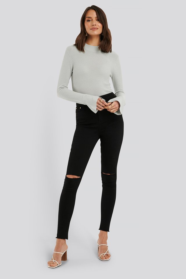 Turtle Neck Wide Sleeve Top Outfit
