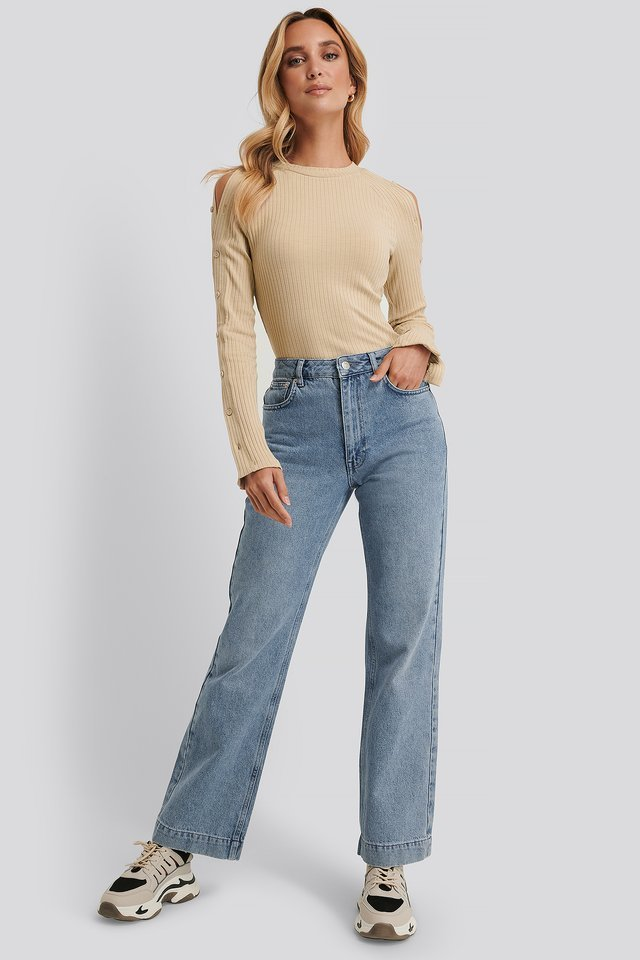 Buttoned Sleeve Ribbed Top