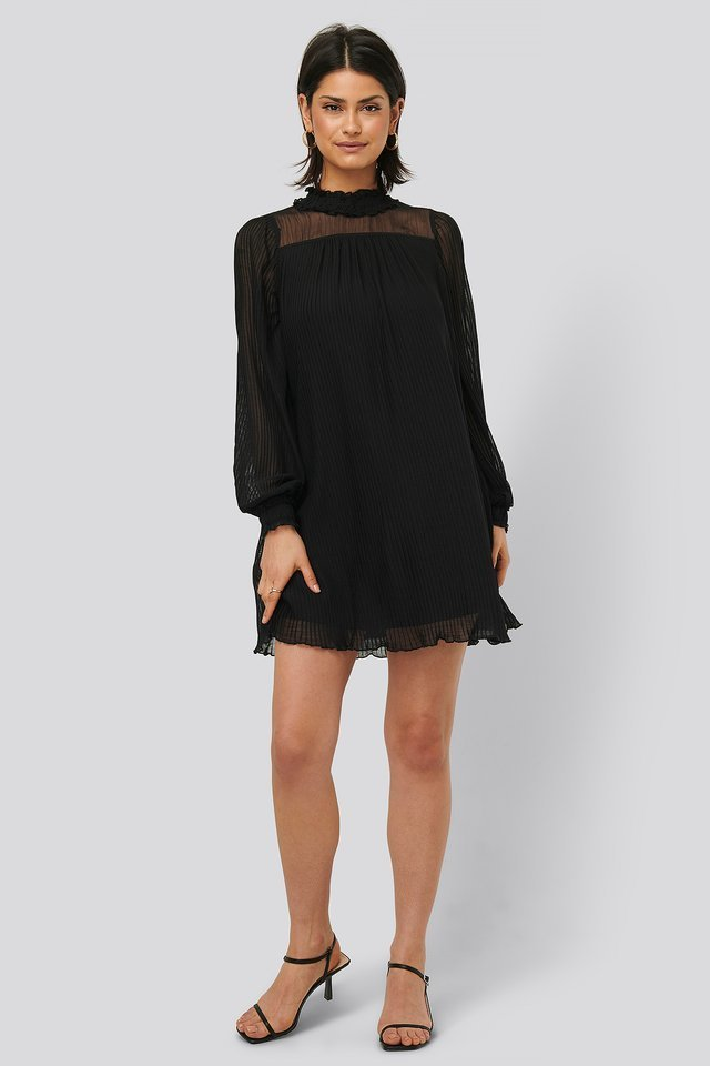 Pleated Frill Neck Dress