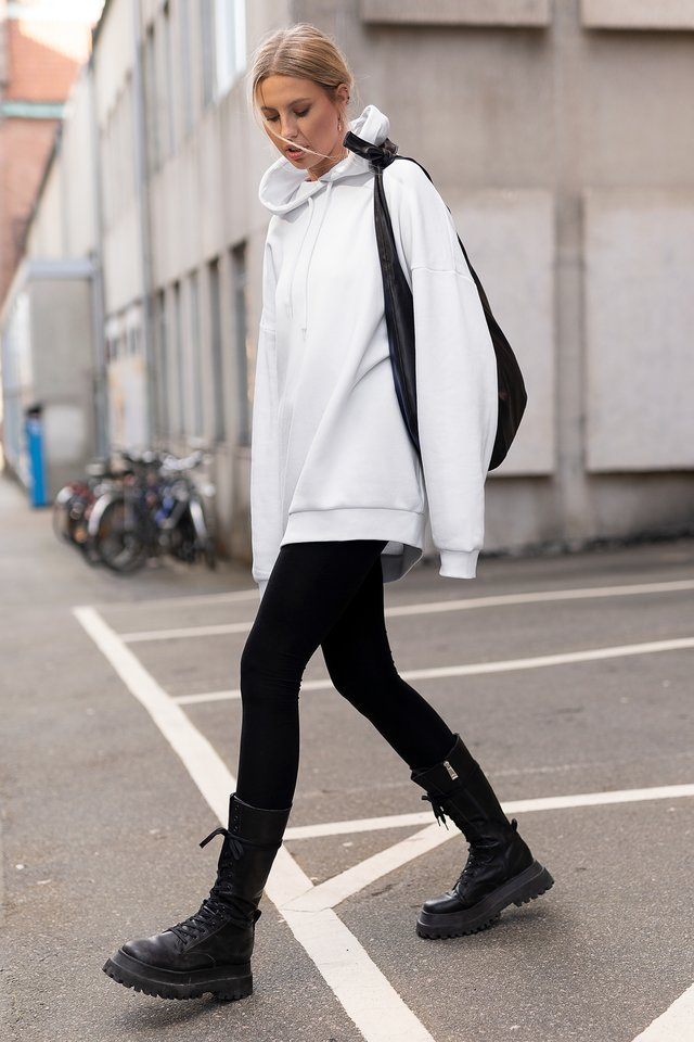 Oversized Basic Hoodie Loungewear outfit
