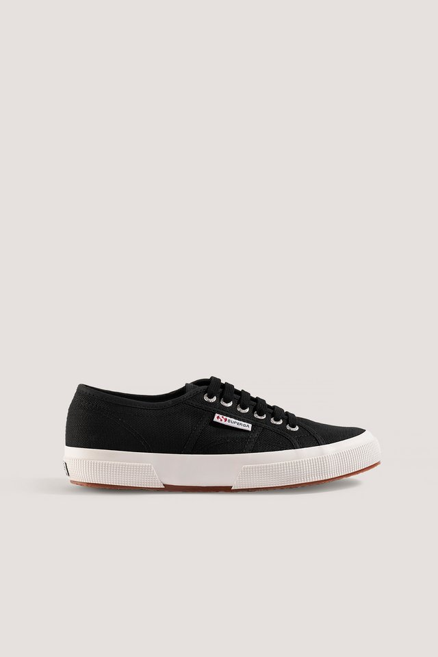 Black/White Sneakers Med Logo