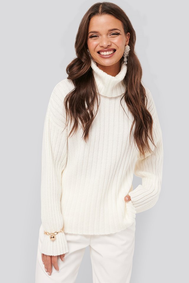 Oversized Ribbed Knitted Sweater Off White