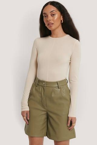 Khaki Pu-Shorts